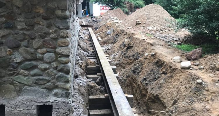 replace the foundation of your home without lifting House